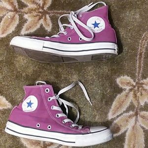 Magenta hi top converse sneakers